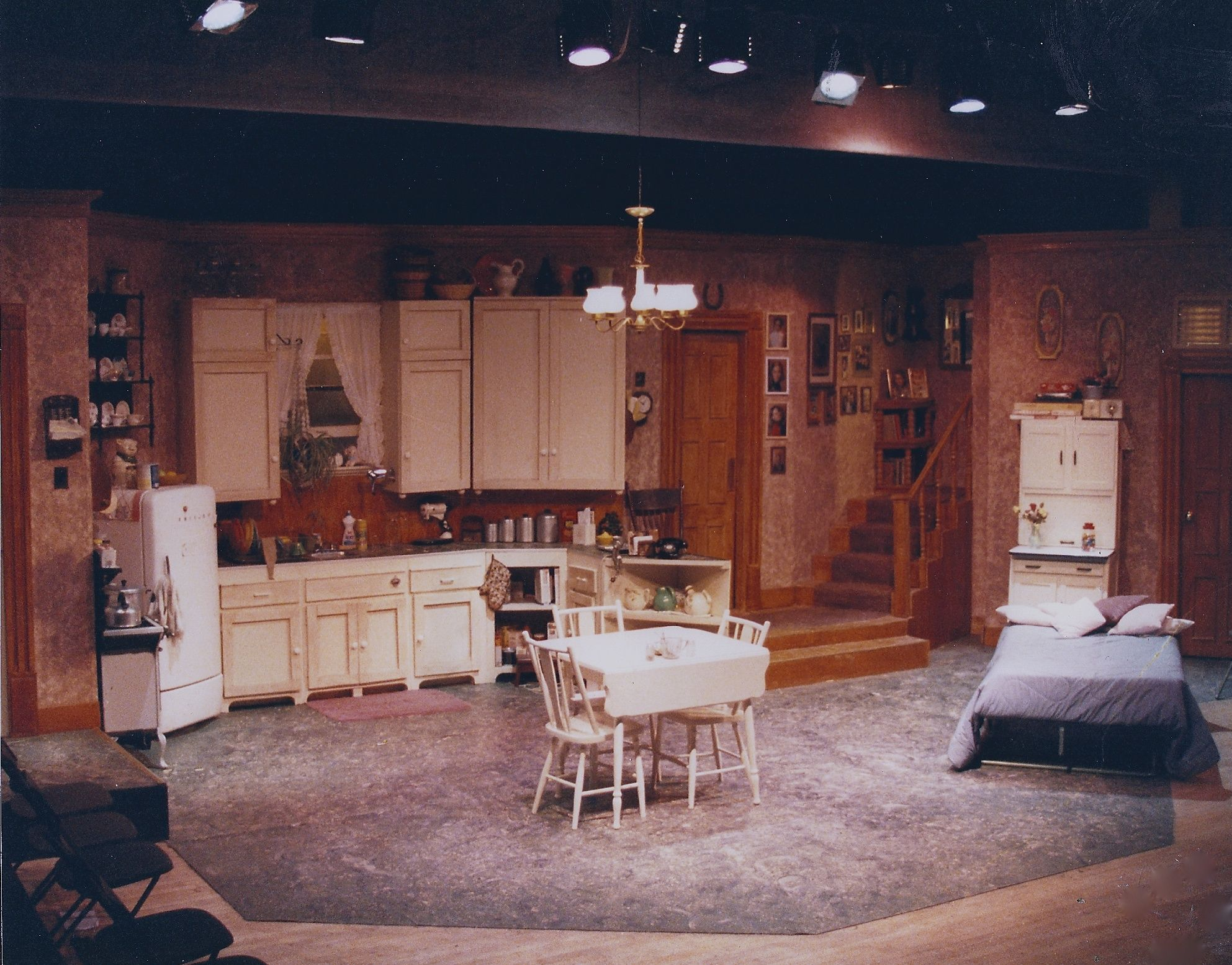 Crimes Of The Heart By Beth Henley Set Design, Lighting And Stage Direction  By Martin W.