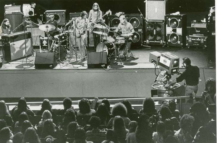 The Allman Brothers band perform in 1972 in front of a television audience. The musicians, from left are, Chuck Leavell, keys; Jamoie Johanson, drums; Dickey Betts, lead and slide guitar; Berry Oakley, bass; Butch Trucks, drums and percussion. (AP Photo)