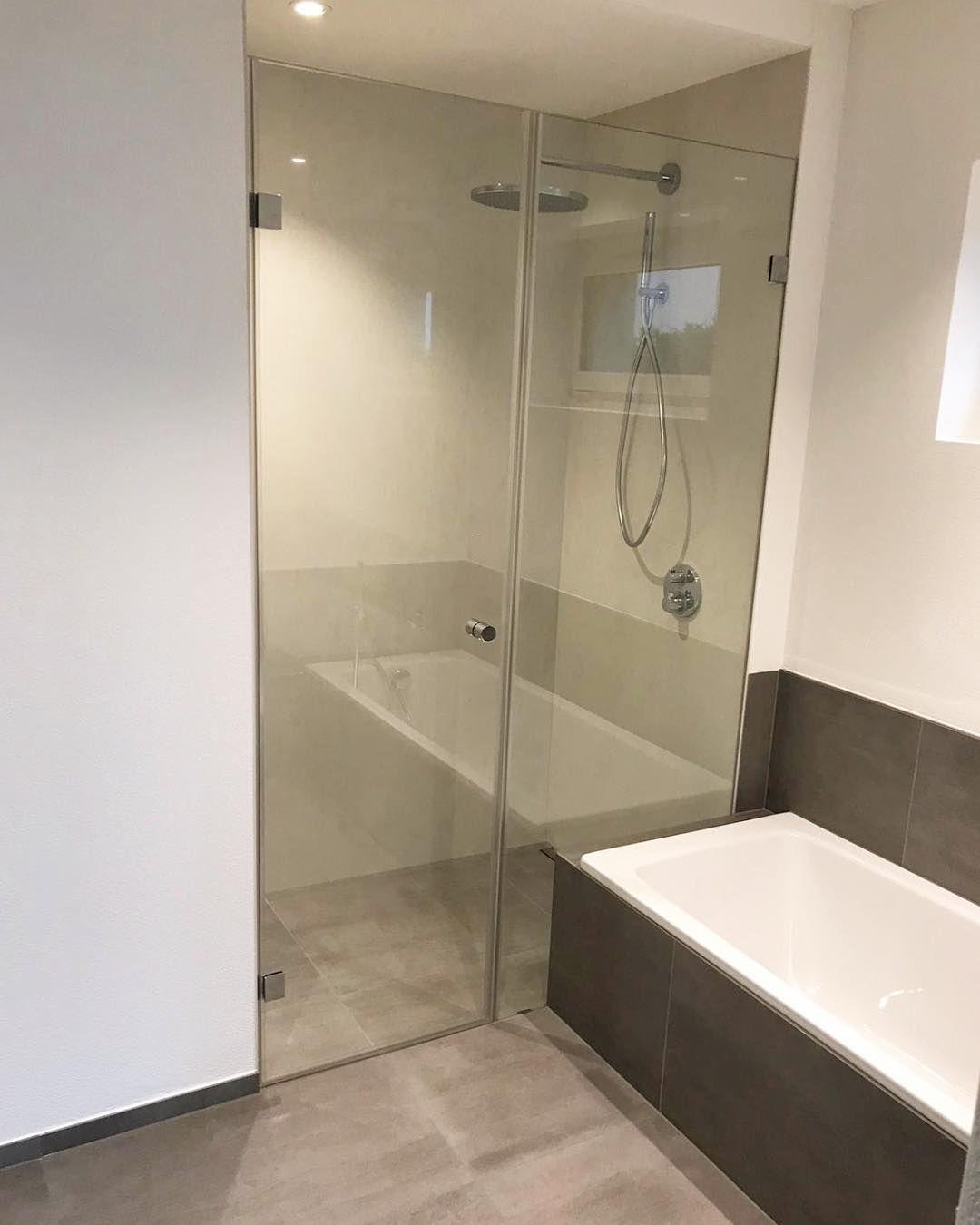 Nischenlosung Mit Wanne Glasduschen Badezimmer Badezimmer Design