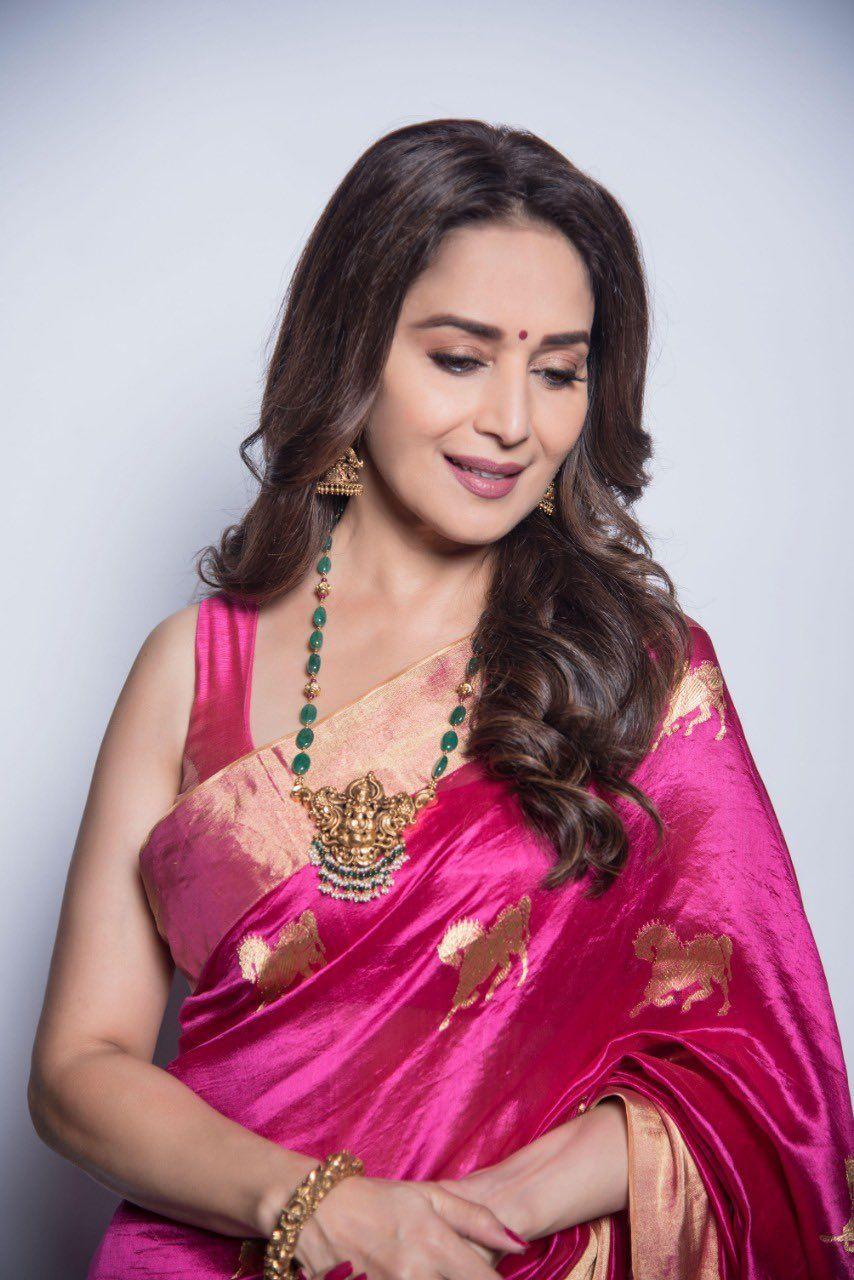 Madhuri Dixit Nene on Twitter   Madhuri dixit saree, Madhuri dixit ...