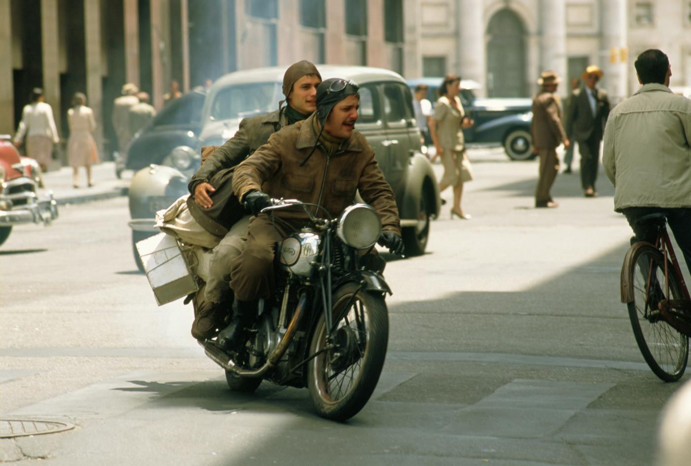 Google Image Result For Http 4 Bp Blogspot Com Joenkzs77gk Tdqimvbcxui Aaaaa Travel Movies Norton Motorcycle