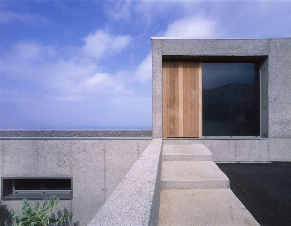 Arquitectura Arkinetia Casa En Tenerife Corona Y P Amaral Arquitectos Coastal Interiors Design Architecture Concrete House