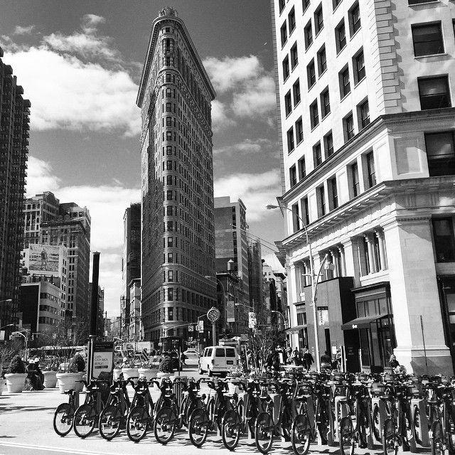 New York City Photos   #NewYorkCity Ikon - The Flatiron Building   #VitusFeldmann   http://vitusfeldmann.com/photography?utm_content=buffer449d6&utm_medium=social&utm_source=pinterest.com&utm_campaign=buffer  