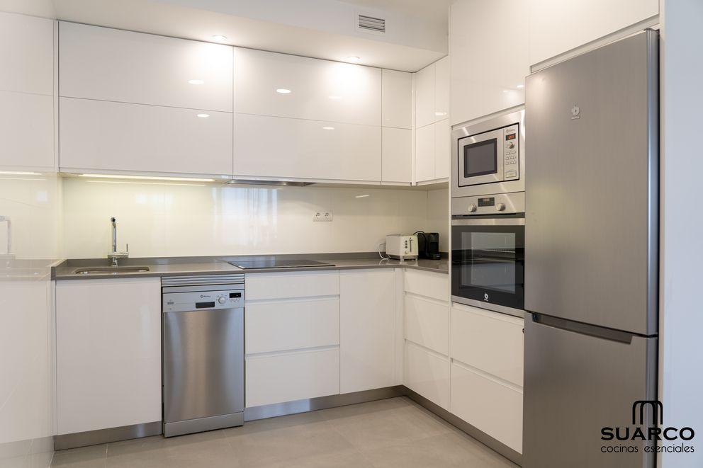 Bienvenidos A Mi Cocina Un Lugar Para Conocerlo Todo Sobre El Diseno De Cocinas Y Las Cosas Muebles De Cocina Modernos Encimeras De Cocina Muebles De Cocina