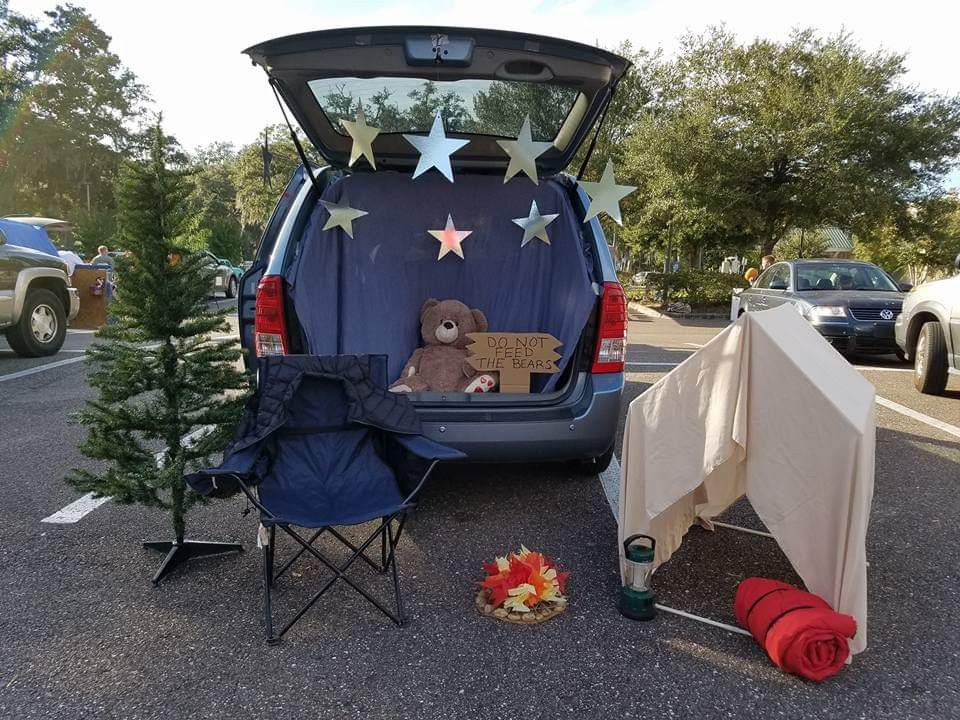 Trunk or Treat 2016 Camping Theme #trunkortreatideasforcarsforchurch