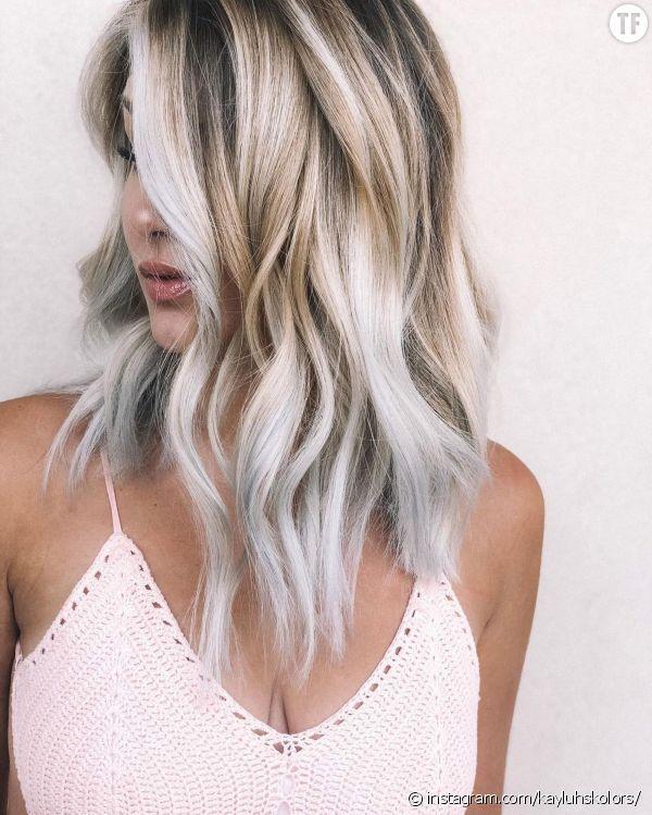 Toasted Coconut hair, la nouvelle coloration qui buzze sur