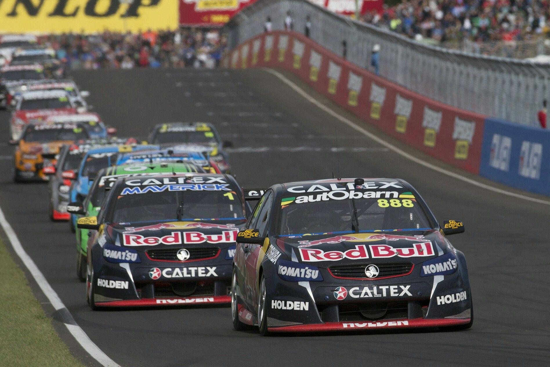 2015 Supercheap Auto Bathurst 1000 V8 Supercars Red Bull Racing Holden Racing Bathurst