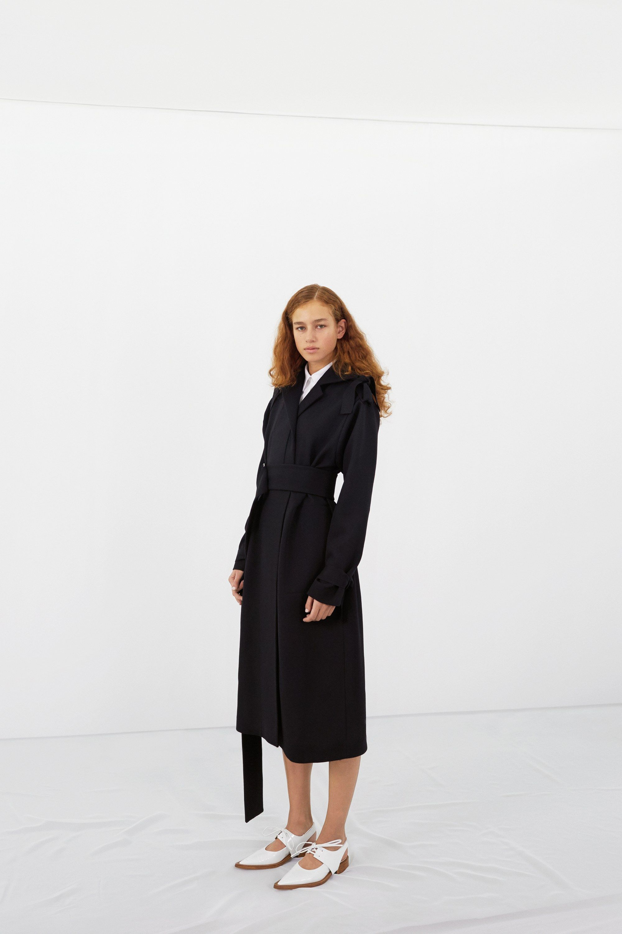 Victoria Beckham Pre-Fall 2016 Fashion Show