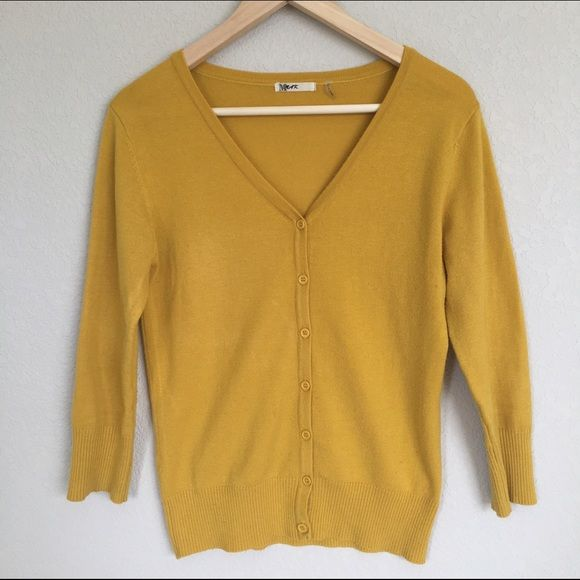 ❌ SOLD | Mustard V-Neck Cardigan | Mustard yellow cardigan ...