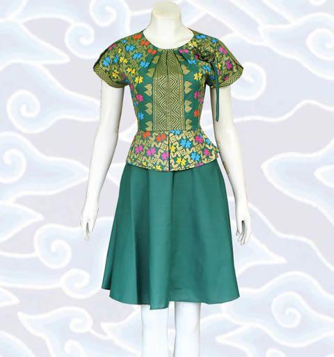 Model Baju Batik Modern Dress: Pin By Baju Batik Modern Wanita Pria Pekalongan Solo On
