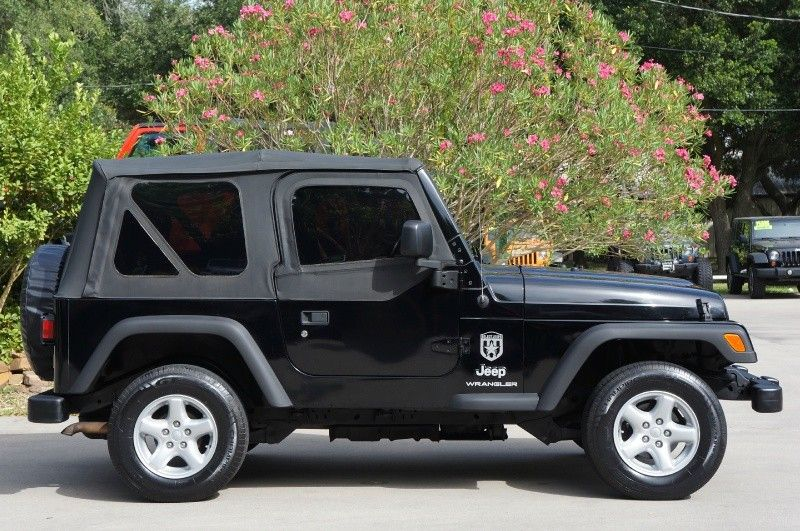 2004 Black Wrangler Soft Top w/Tinted Windows and Half