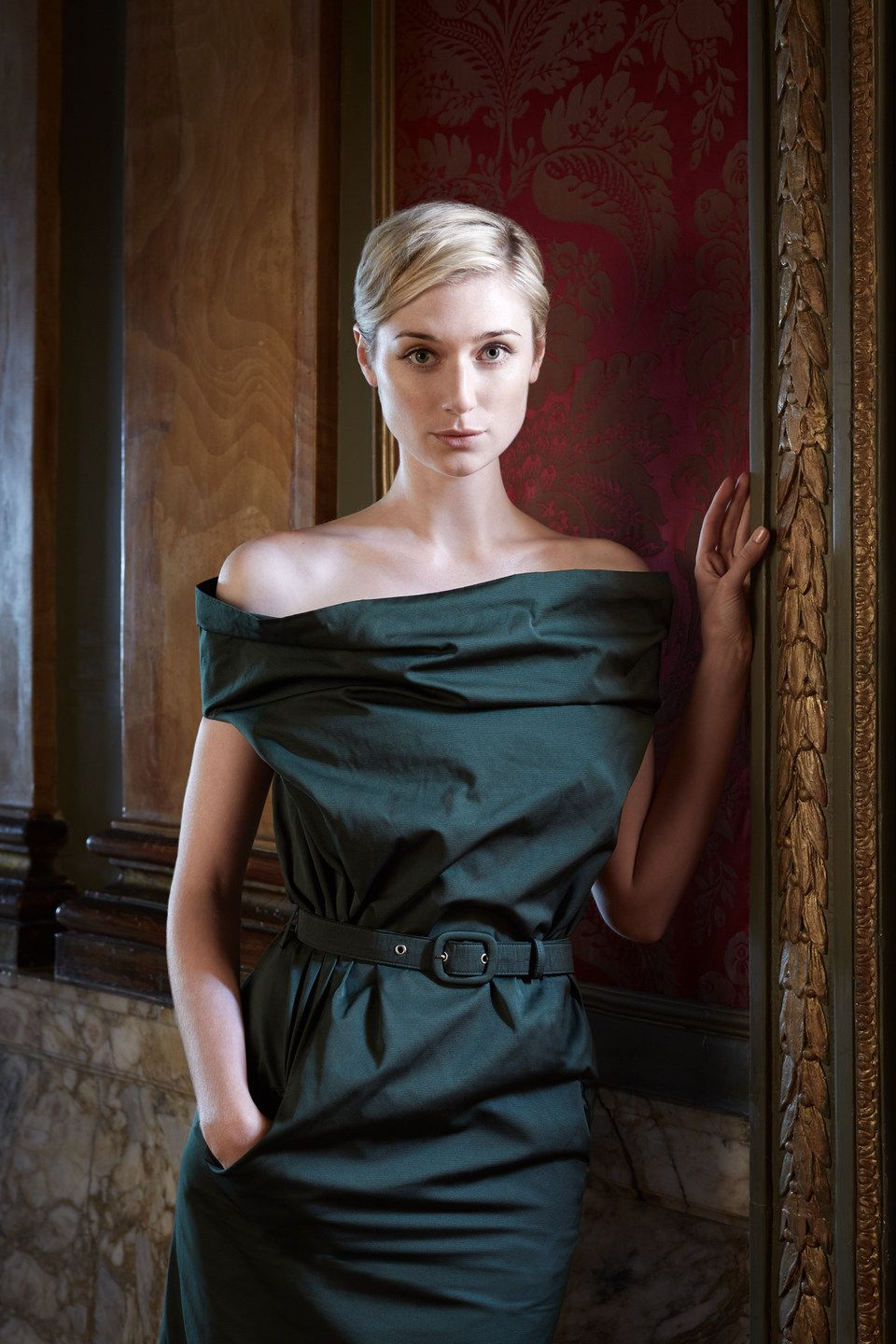Elizabeth Debicki Photoshoot For The Man From U N C L E 02 Elizabeth Debicki Short Hair Styles Blonde Bombshell