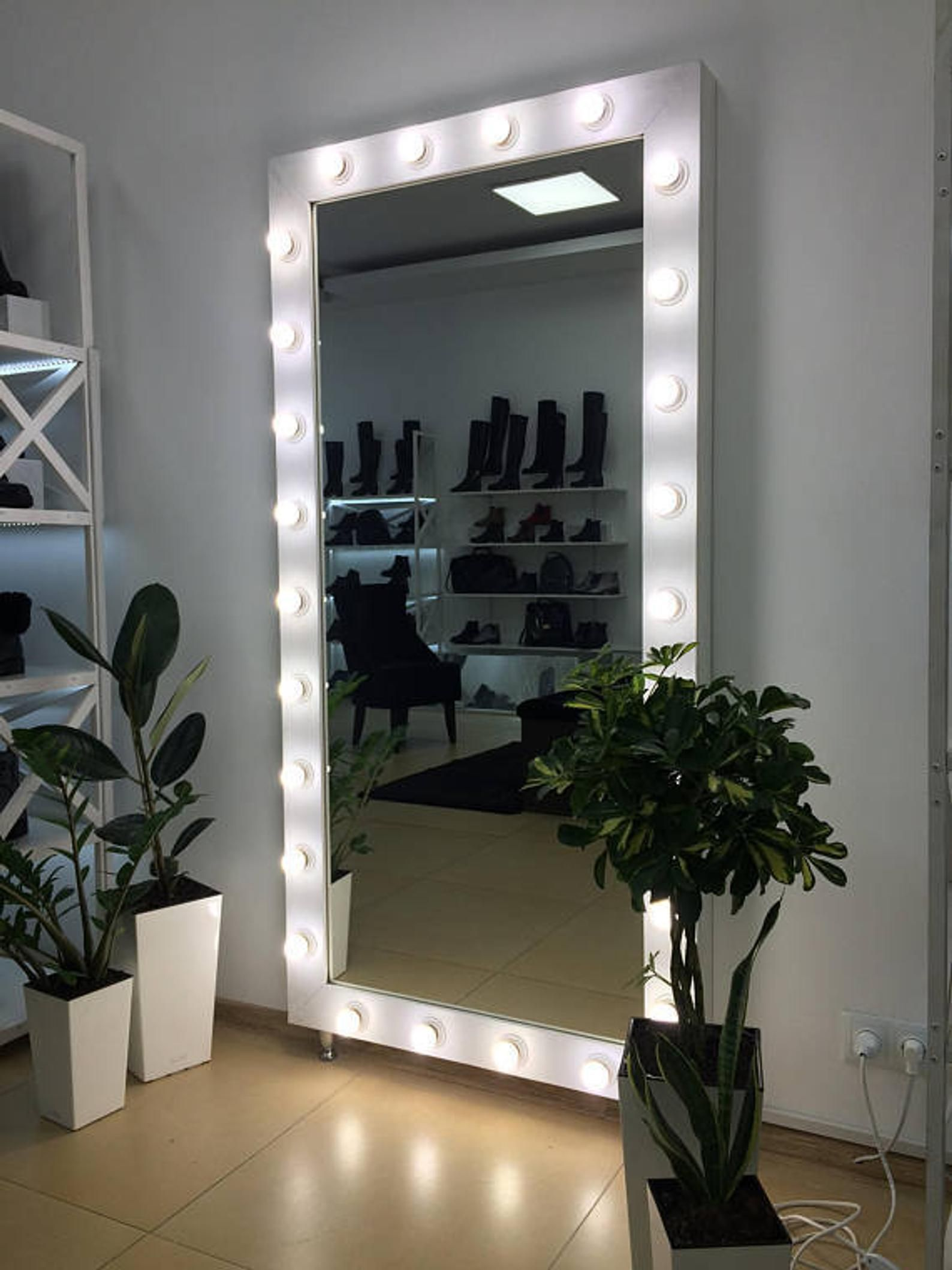 Showroom Mirror With Lights Mirror For Showroom With Lights Etsy Mirror With Lights Bedroom Mirror Beauty Room