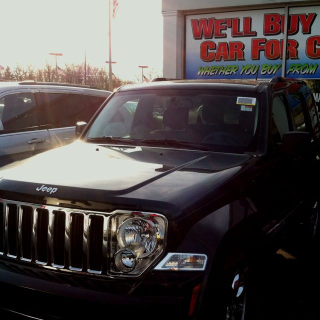 Fully Loaded All Black Chromed Out Leather Interior 2012 Jeep Liberty With Images 2012 Jeep Jeep Jeep Liberty