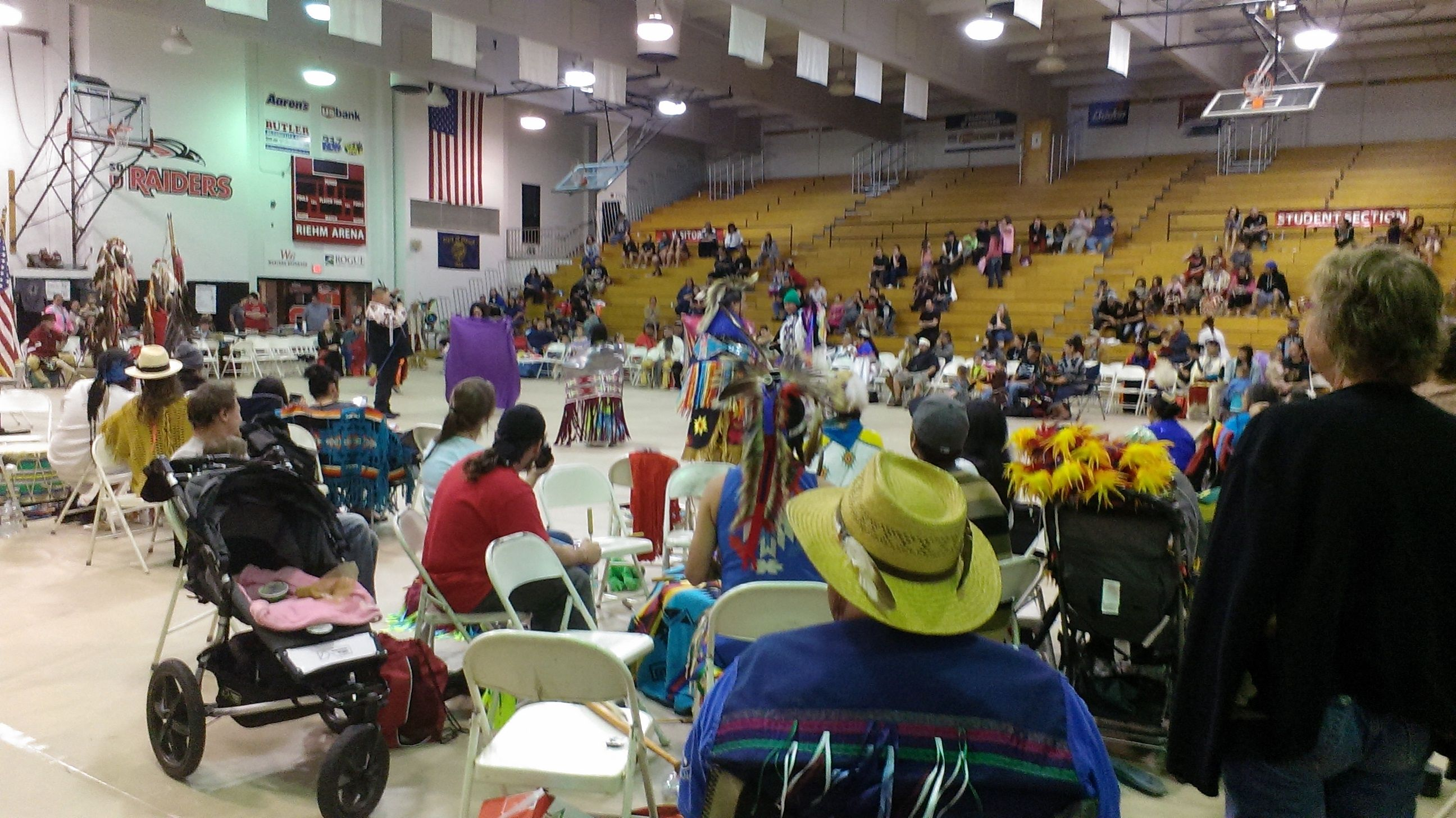 2014 Southern Oregon University Spring Pow Wow