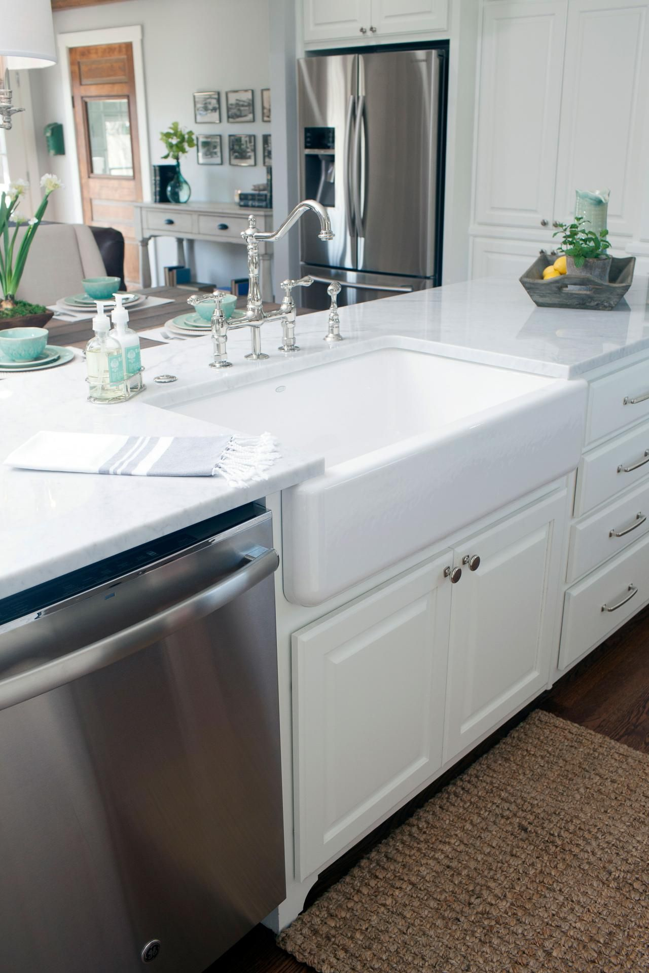 Find the best of Fixer Upper from HGTV | Renovations for 2282 ...