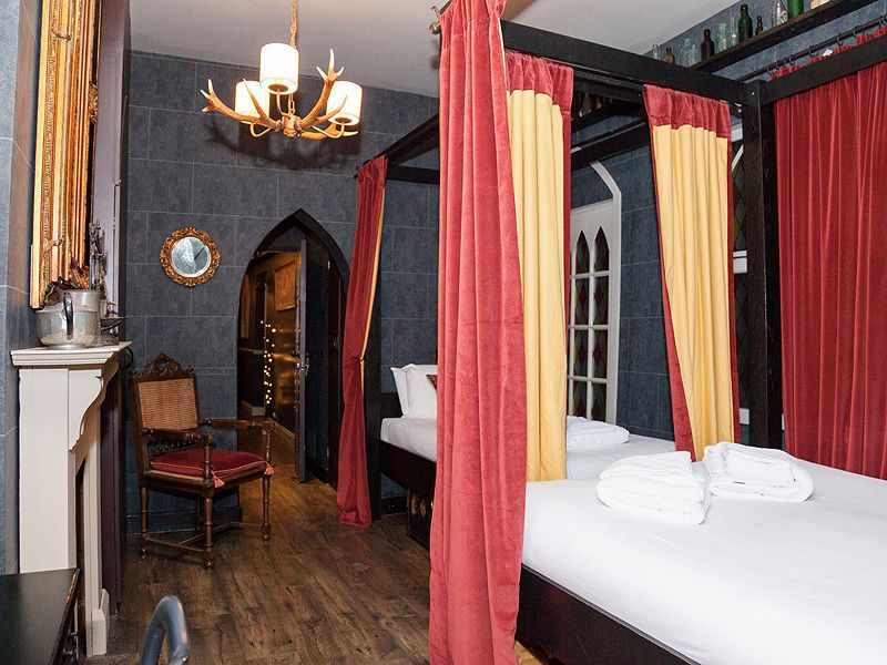 Harry Potter Hotel Rooms Available At Georgian House Hotel In London Harry Potter Room Decor Harry Potter Hotel Georgian House Hotel