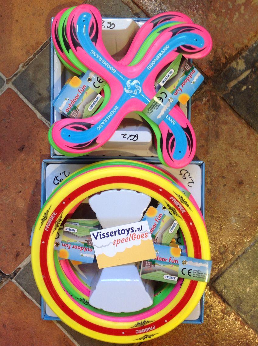 Boomerang of frisbee , speelGOED voor de zomer.