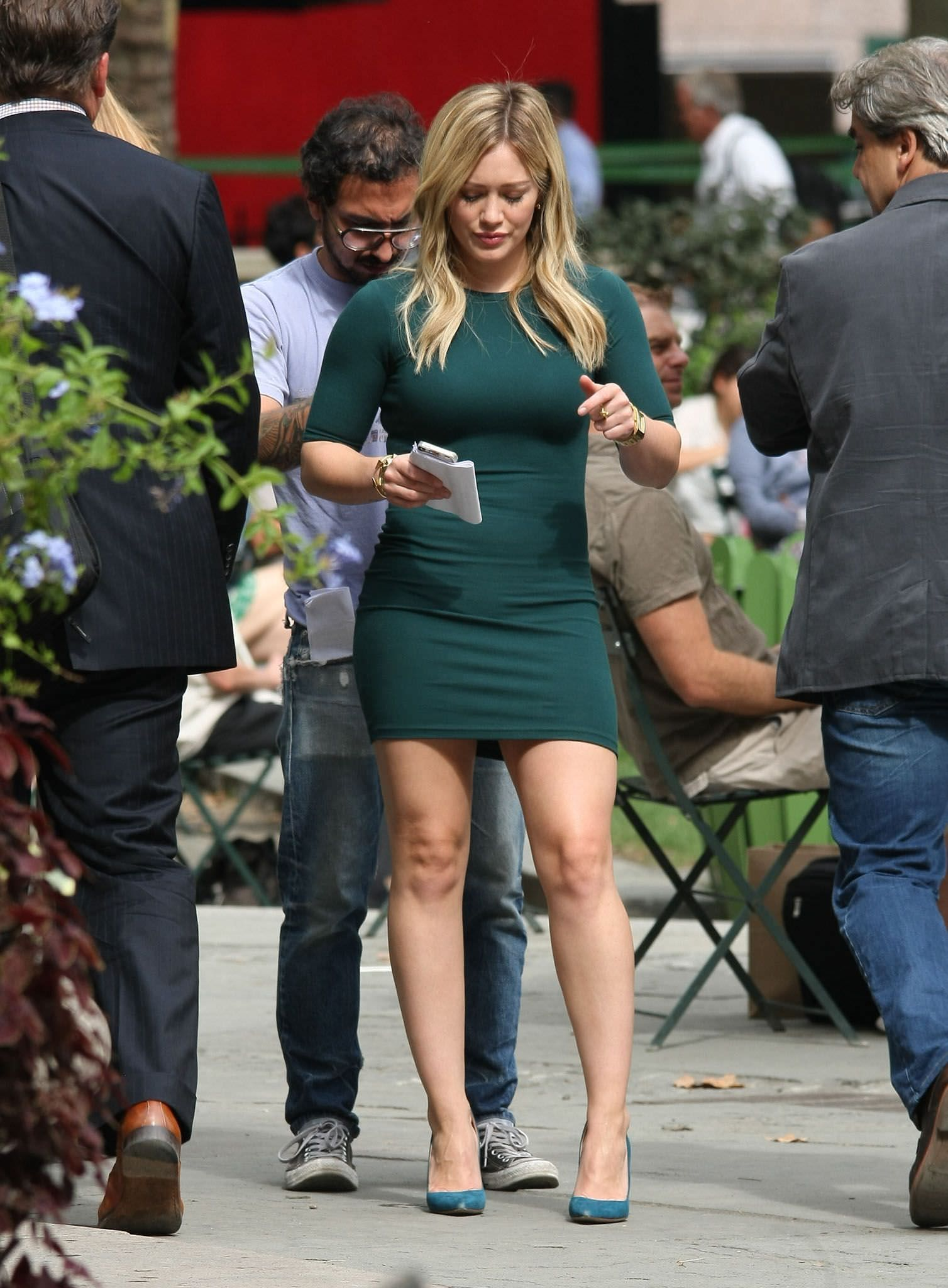 Hilary duff hilary duffus legs pinterest hilary duff legs and