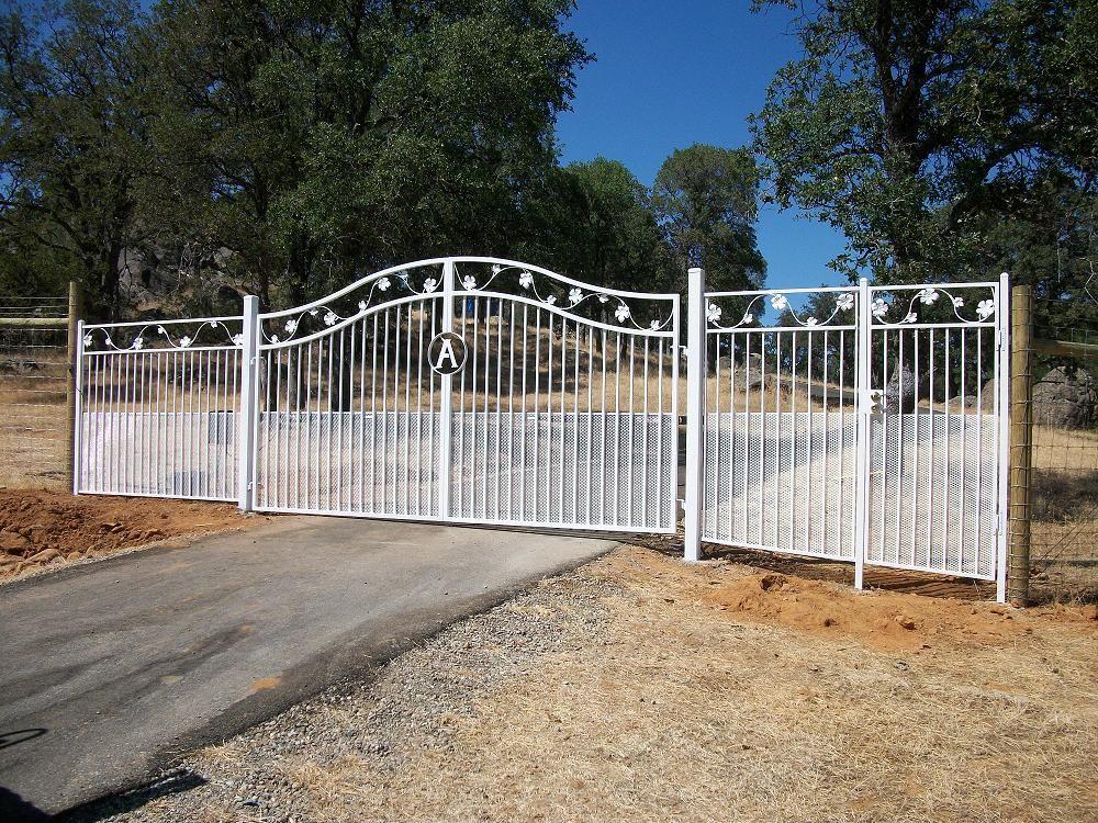 El Paso Custom Iron Works Gates