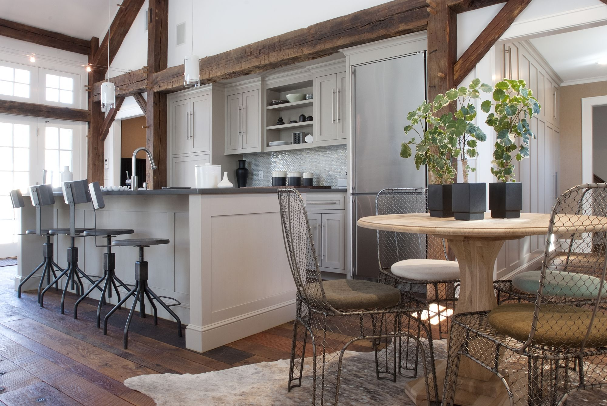 Pool House Kitchenette (Cultivate.com) Poolhouse kitchenette in ...