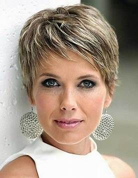 Image Result For Short Cropped Hairstyles With Glasses Short Hair Styles Short Cropped Hair Crop Hair