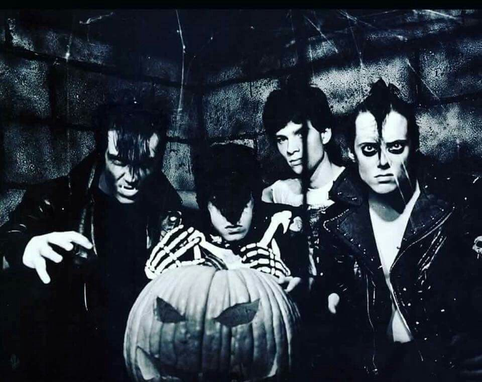 Halloween   MISFITS   Pinterest   Danzig, Danzig misfits and Glenn ...