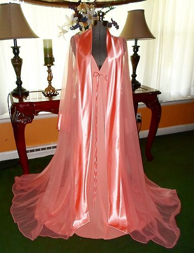must see !! absolutely gorgeous vintage peignoir set 6af8fea32