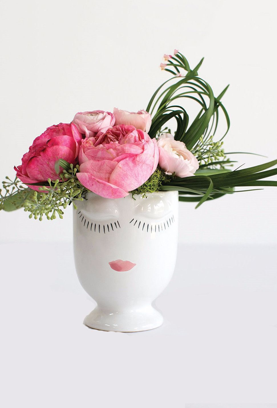 "Ceramic Celfie Face Vase in White 4"" x 5.25"" Face vase"