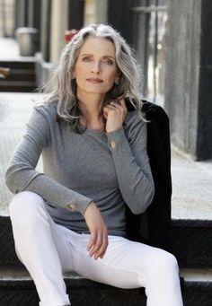 Bildergebnis Für Graue Haare Wachsen Lassen übergang Stil 50