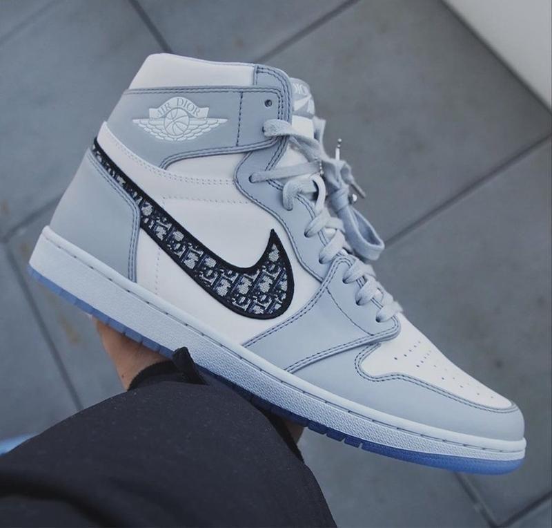 Jordan 1 Retro High Dior in 2020 | Jordan shoes girls ...