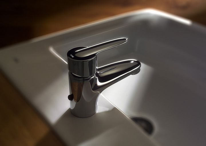 Choose wide range of Bathroom Taps of various brands including ...