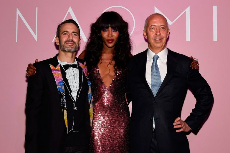 Confira o novo livro da Naomi Campbell, que foi lançado por Benedikt Taschen!
