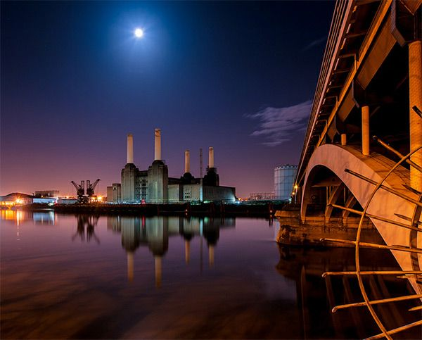 Battersea Power Station London In World Tour London Photography Battersea Power Station Power Station Night Photography