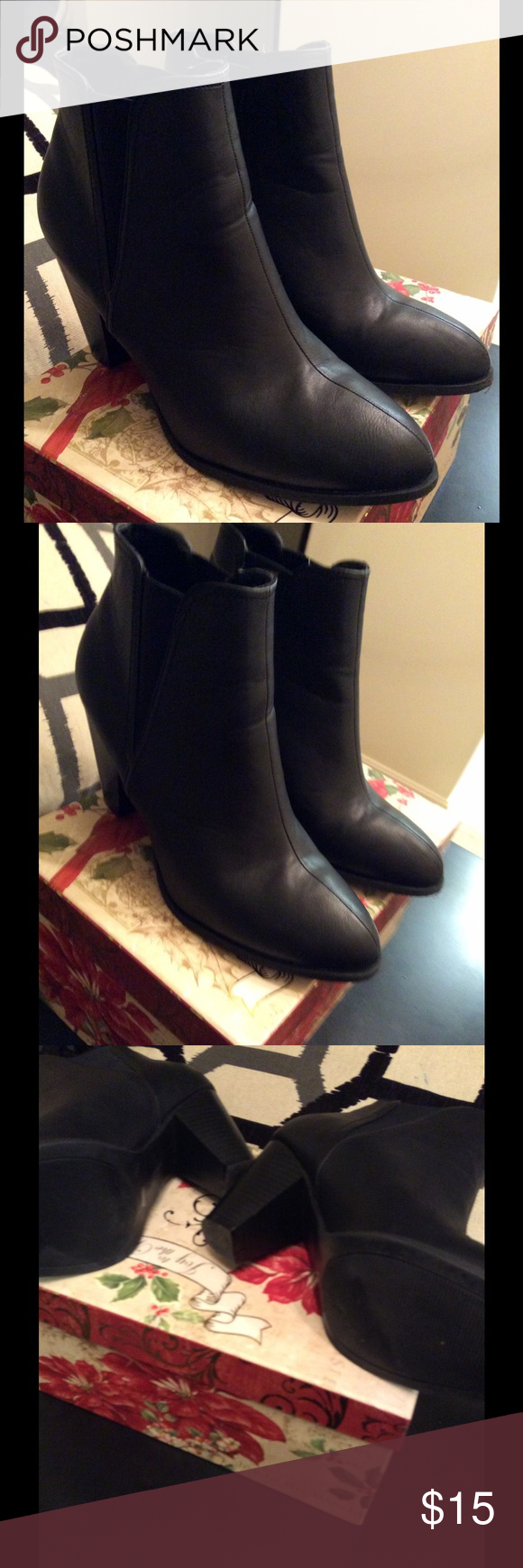 Bamboo black leather shoes with stretch sides It is a very nice shoes 👠 for any occasion.. it is in a beautiful condition. Bamboo Shoes Ankle Boots & Booties