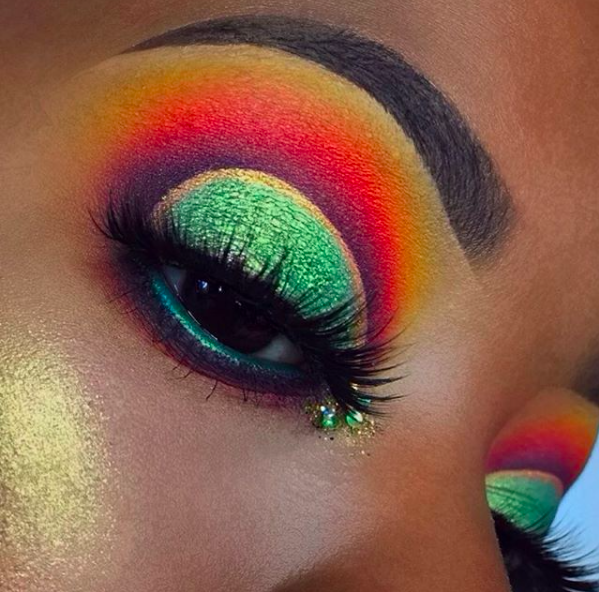 This look by bronzennay is fire! 🔥 Products used Meadow