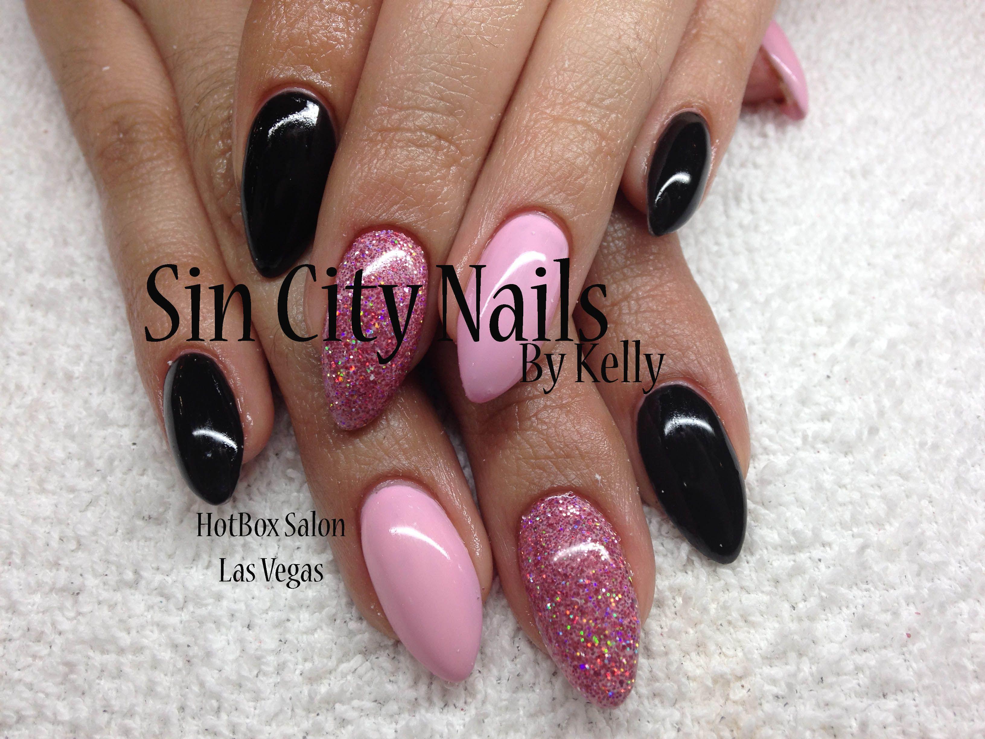 #stilettos #acrylic #gelnails #gelpolish