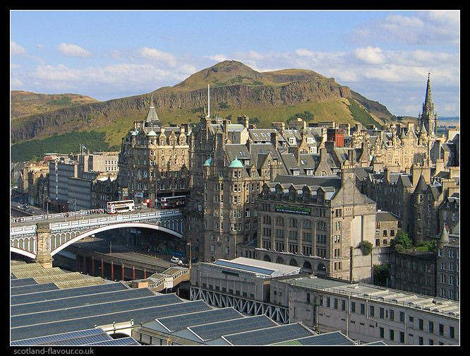 an eerie tour of the old town in edinburgh Understand the rich past of the edinburgh's old town, a unesco world heritage site, on this 3-hour small group walking tour from your local historian guide, hear fascinating tales of medieval life as you stroll through edinburgh's winding cobbled streets, including the famed royal mile, stopping to admire such historic buildings as the palace .
