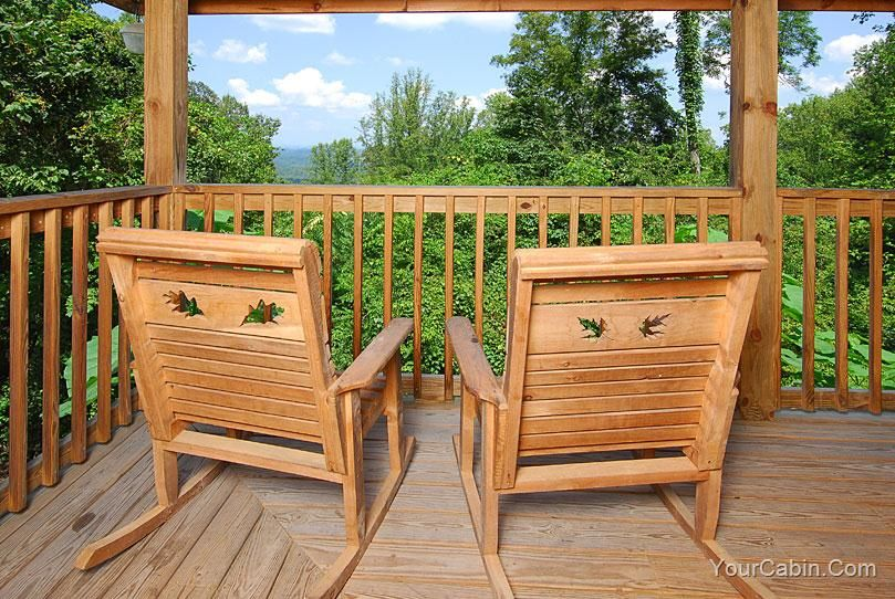 Knotty And Nice 1 Bedroom Cabin Rental Cabin Rentals Cabin Luxury Movie Theater