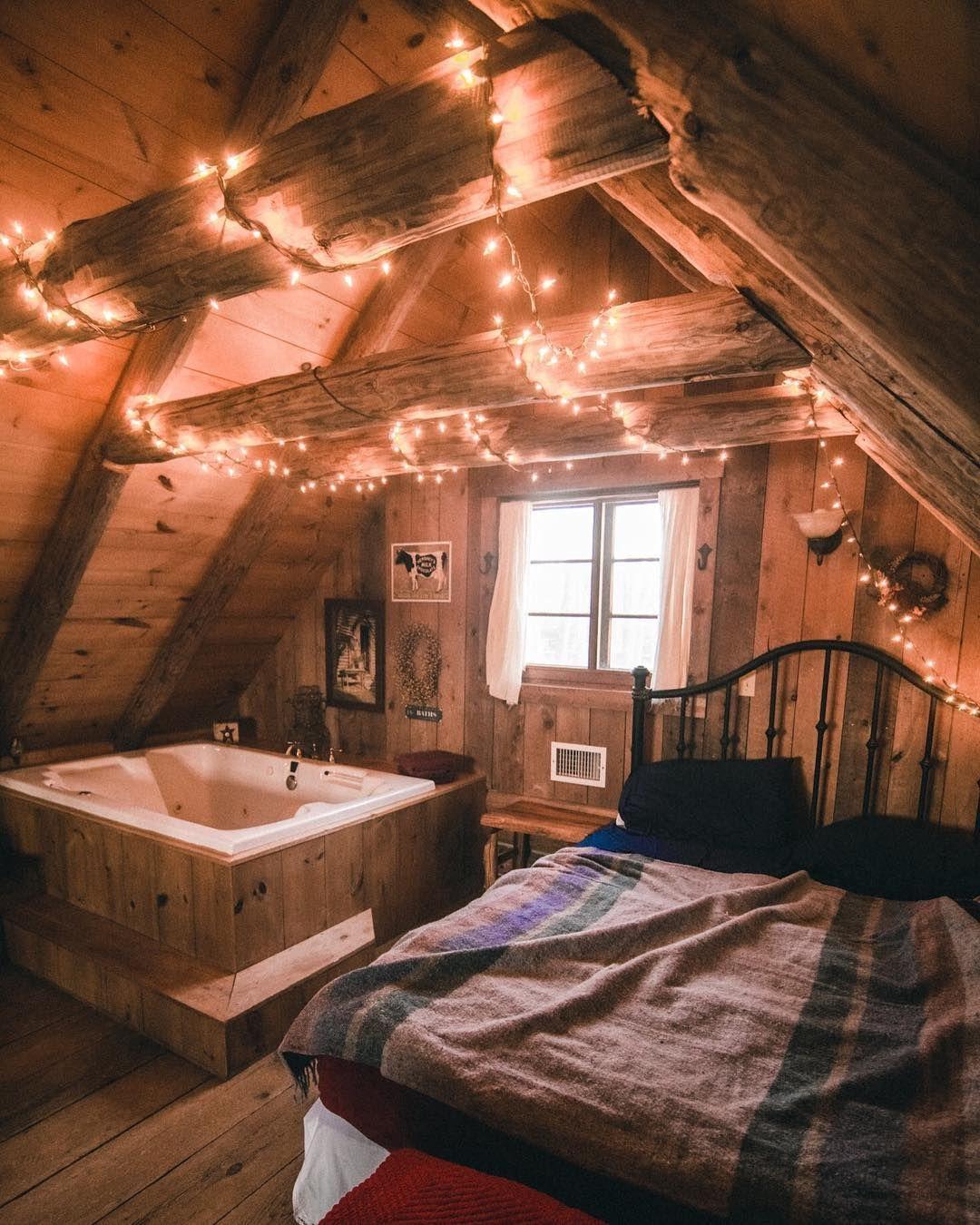 Airbnb Loft With A Bathtub In Sugar Camp Wisconsin Check