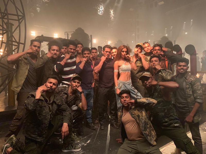 Salman Khan calls Devi Sri Prasad Outstanding; the duos' recent collaboration Seeti Maar records fastest 100 Million on YouTube