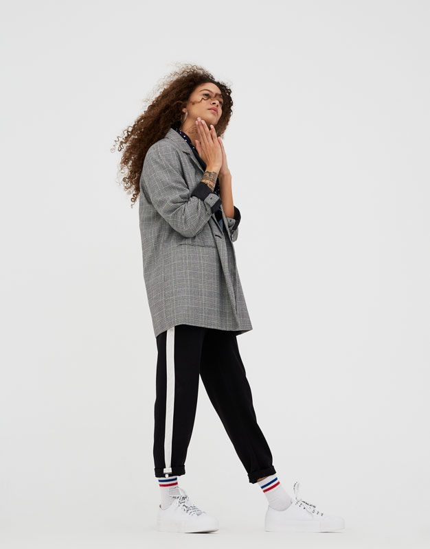 Pull Bear Woman Clothing Trousers Jogging Trousers With Side Stripe Black 09681386 V2018 Ropa Pantalon Jogger Pantalones