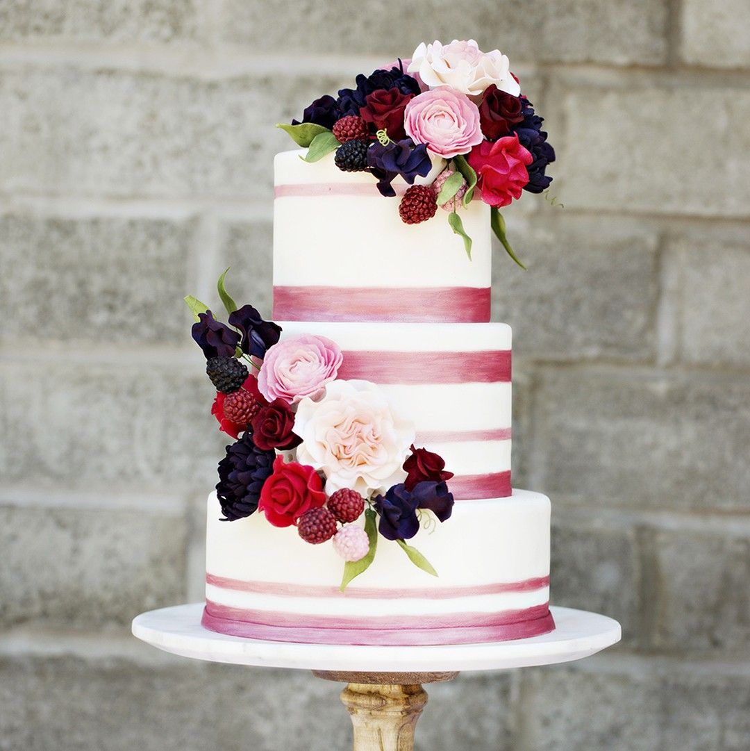 The Most Amazing Wedding Cakes Of 2013: Falling Into The Season With This Beautiful Berry Cake