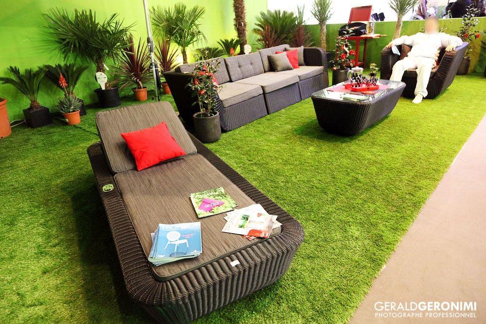 ambiance gazon synth tiques salon piscine et jardin photo de geral geronimi plantes. Black Bedroom Furniture Sets. Home Design Ideas