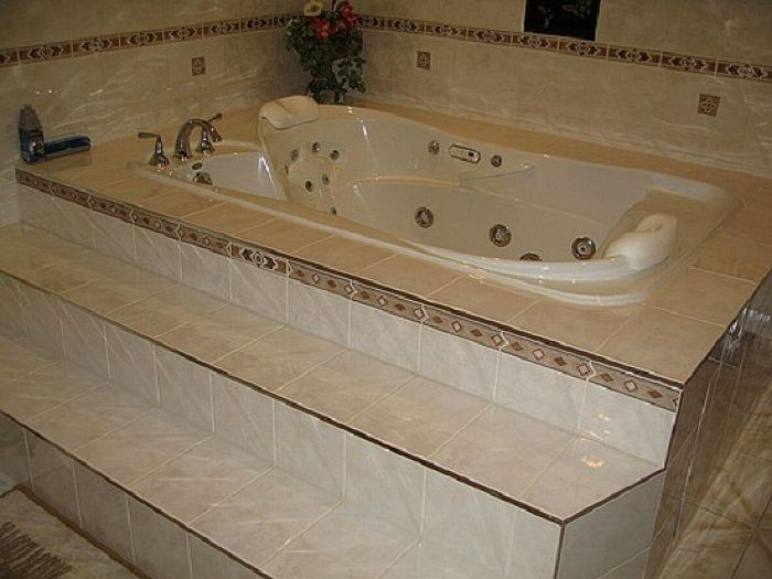 Contemporary jacuzzi hot tub for Jet tub bathroom designs