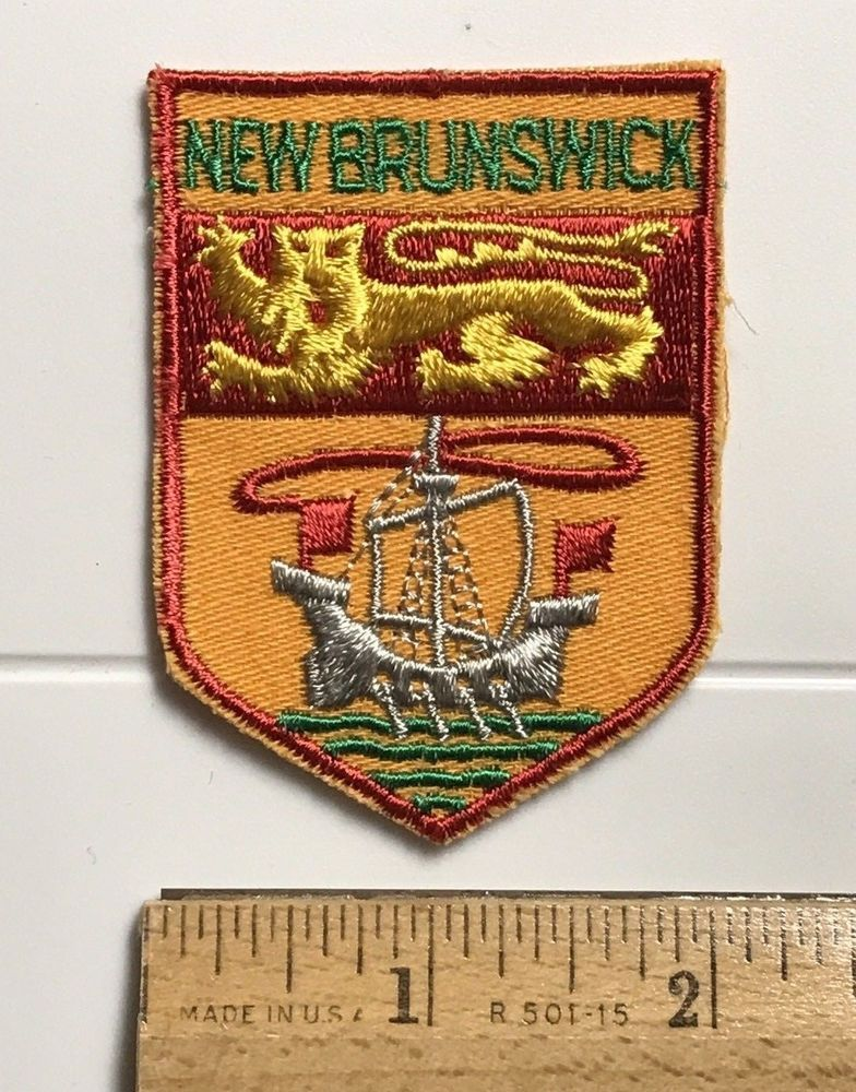 Quebec Province Shield Crest Patch Embroidered Iron On Sew On Canada