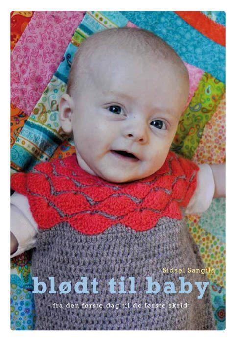 Opskrifter på hæklet tøj til baby 0-1 år. Find hækleopskrifter på: Sparkedragt, hagesmæk, kimonotrøje, hættetrøje, kjole, kyse, kasket, undertrøje,...