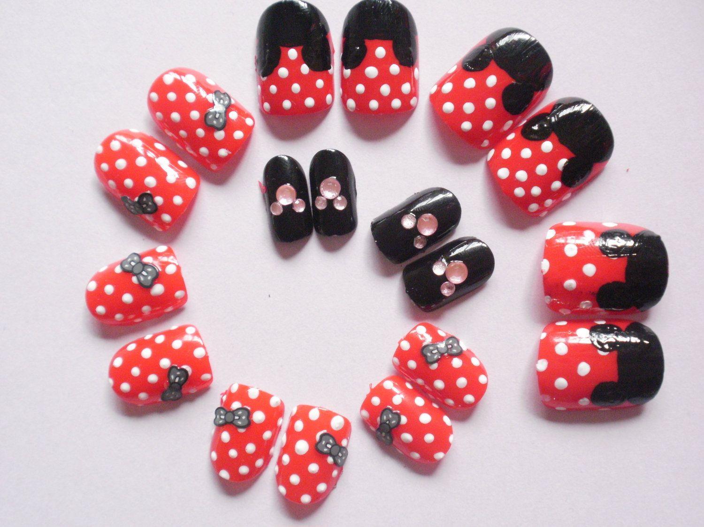 False Nails Disney (choose your characters) | nail fun | Pinterest ...