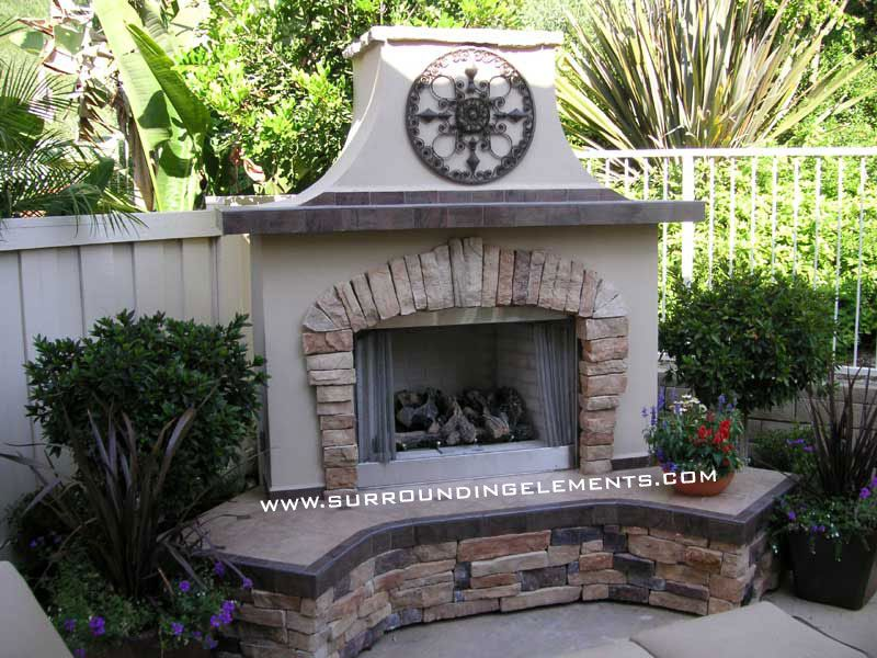 Backyard Fireplace Designs saveemail Outdoor Fireplaces And Patios Outdoor Fireplaces By Surrounding Elements