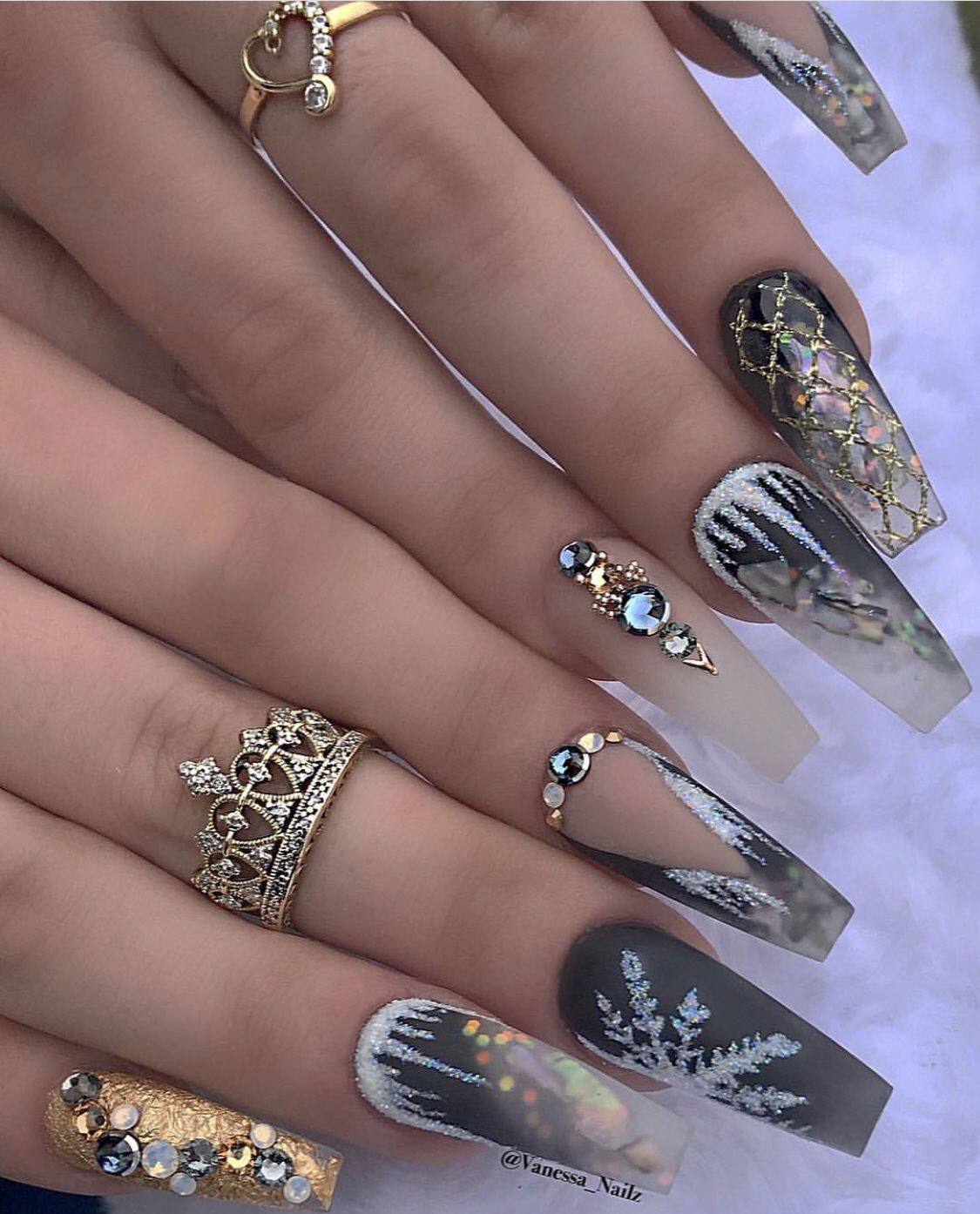 Pin By Jasmine Lampkin On Christmas Fun Christmas Nails Acrylic Luxury Nails Coffin Nails Designs